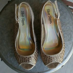 Shoes - Girls gold wedge shoes